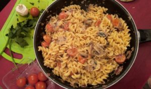 Pasta  Tomate cerise et Champignon de Paris